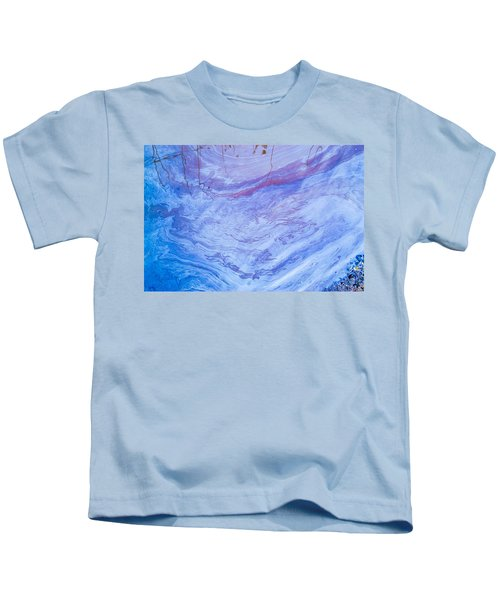 Oil Spill On Water Abstract Kids T-Shirt