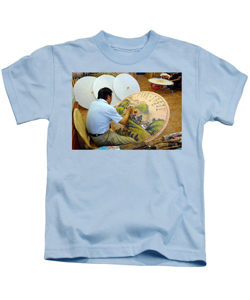 Painting Chinese Oil-paper Umbrellas Kids T-Shirt