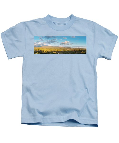 Panorama Of Santa Fe And Sangre De Cristo Mountains - New Mexico Land Of Enchantment Kids T-Shirt