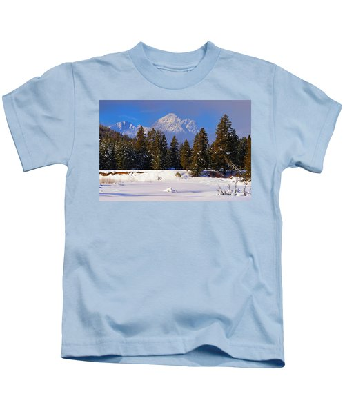 Peaking Through Kids T-Shirt