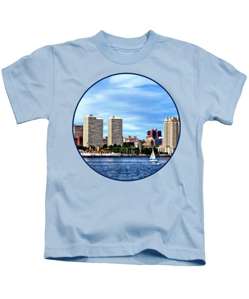 Philadelphia Pa Skyline Kids T-Shirt