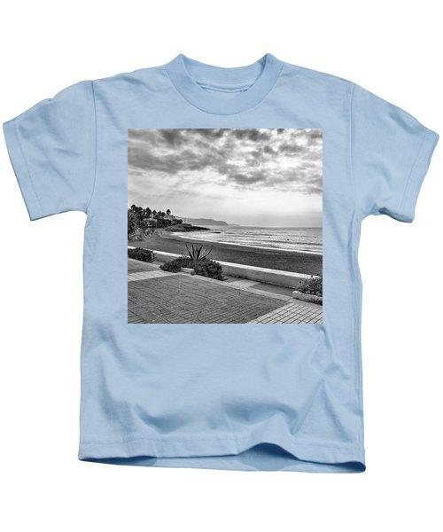 Playa Burriana, Nerja Kids T-Shirt