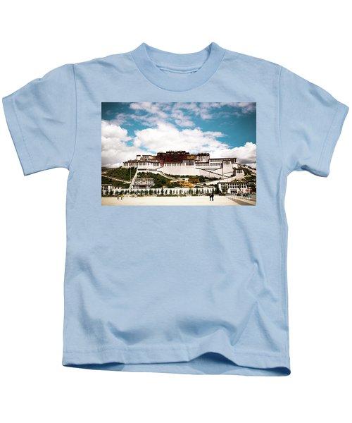 Potala Palace Dalai Lama Home Place In Tibet Kailash Yantra.lv 2016  Kids T-Shirt