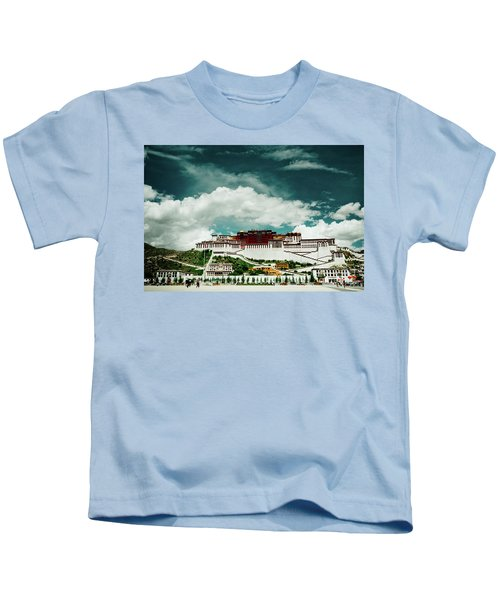 Potala Palace. Lhasa, Tibet. Dalai Lama. Yantra.lv Kids T-Shirt
