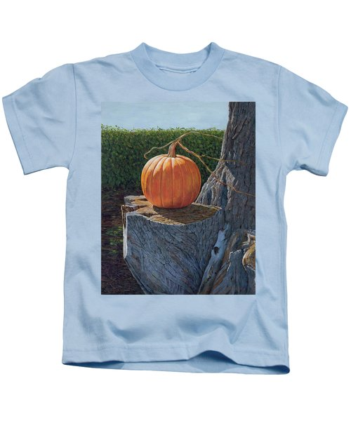 Pumpkin On A Dead Willow Kids T-Shirt
