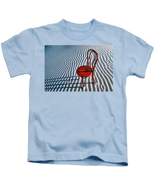 Red Chair In Sand Kids T-Shirt by Garry Gay