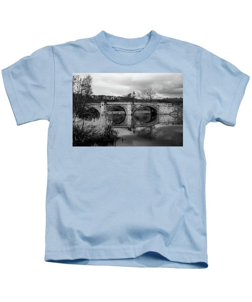 Reflecting Oval Stone Bridge In Blanc And White Kids T-Shirt