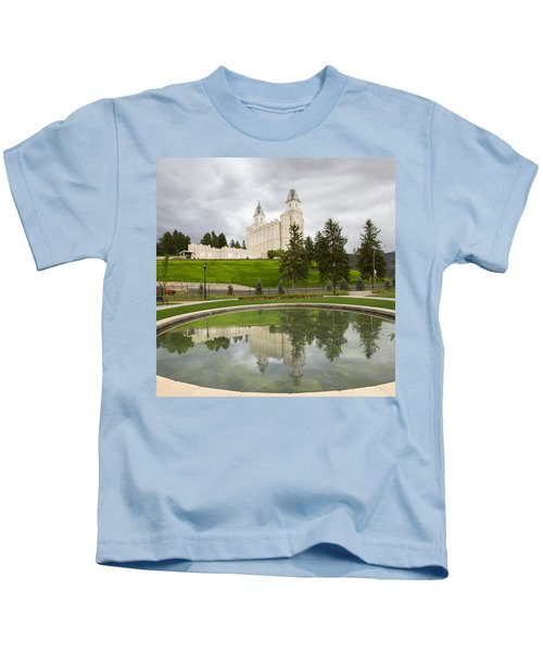 Reflections Of The Manti Temple At Pioneer Heritage Gardens Kids T-Shirt