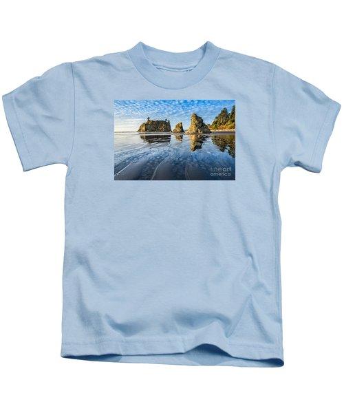 Ruby Beach Reflection Kids T-Shirt