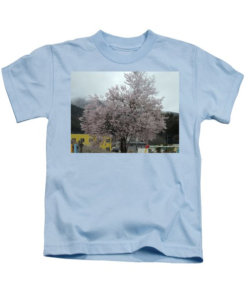 Sakura, Japan's Ephemeral Also Beautiful Flowers Kids T-Shirt