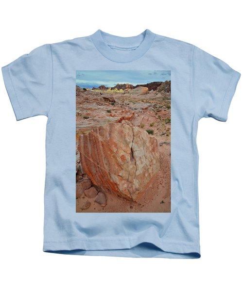 Sandstone Shield In Valley Of Fire Kids T-Shirt