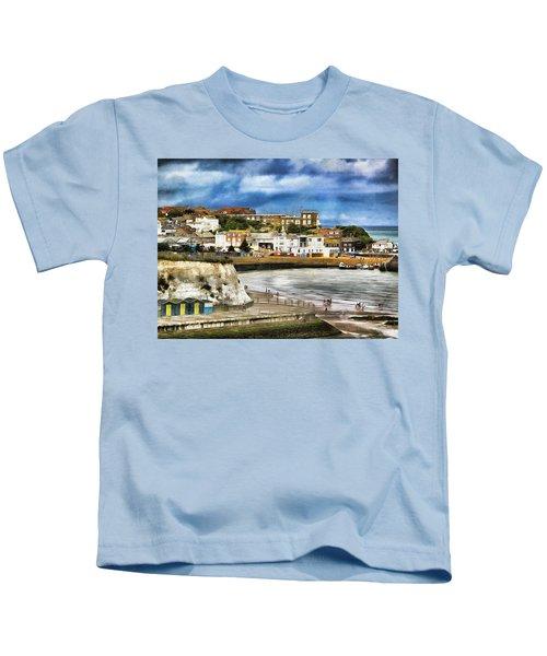 Seafront Broadstairs Kent Kids T-Shirt