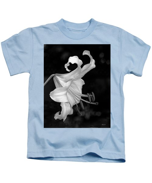 Single Lily In Black And White. Kids T-Shirt