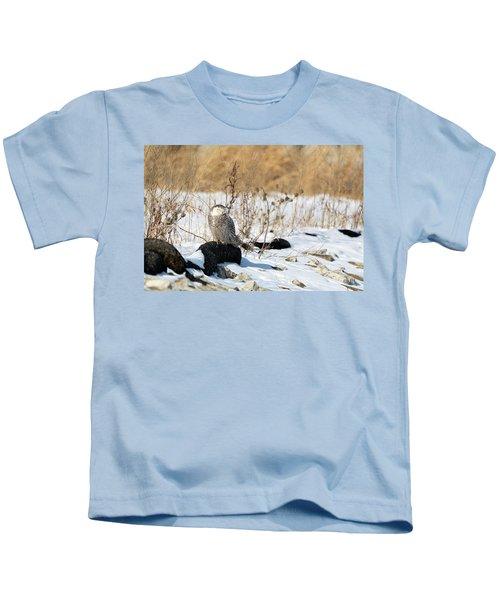 Sitting Snowy Kids T-Shirt