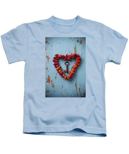 Small Rose Heart Wreath With Key Kids T-Shirt