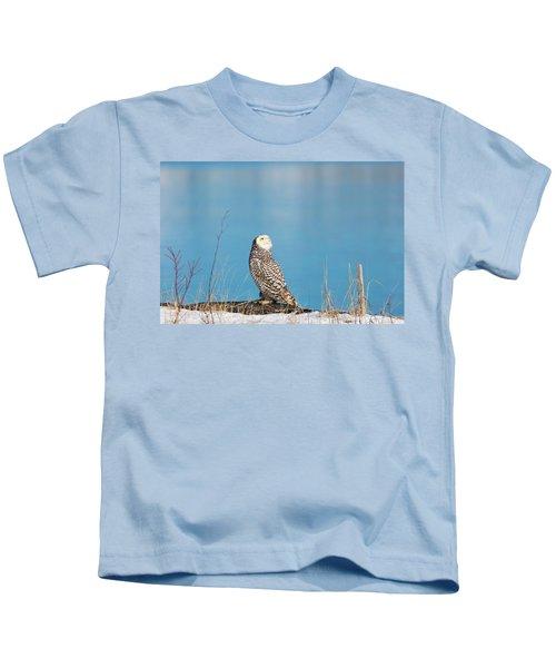 Snowy Watching A Plane Kids T-Shirt