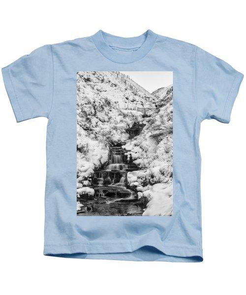 Snowy Waterfall In The Peak District In Derbyshire Kids T-Shirt