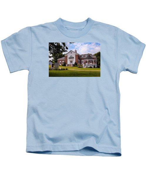 Southampton, Ma Town Hall Kids T-Shirt