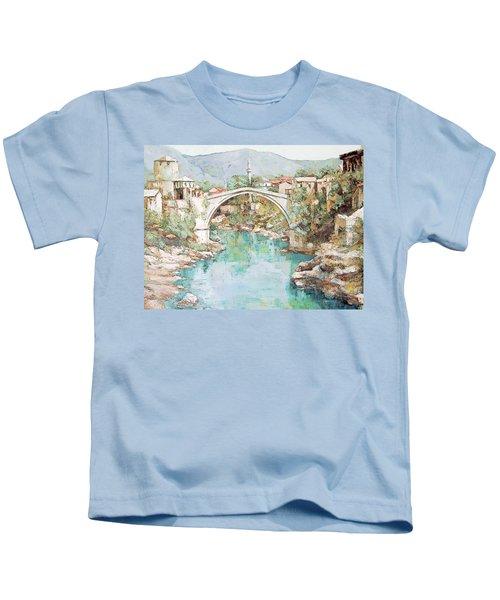 Stari Most Bridge Over The Neretva River In Mostar Bosnia Herzegovina Kids T-Shirt