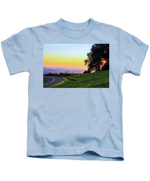 Sunrise Waves Kids T-Shirt