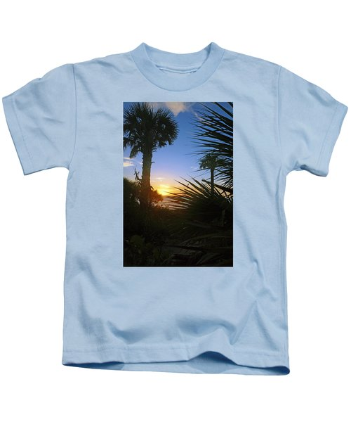Sunset At Bearefoot Beach In Naples Kids T-Shirt