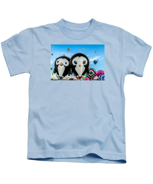 Puddles And Splash - The Penguin Hot Air Balloons Kids T-Shirt
