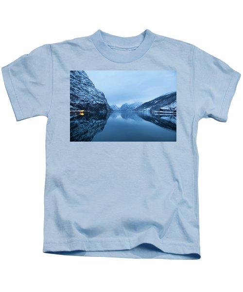 The Stillness Of The Sea Kids T-Shirt