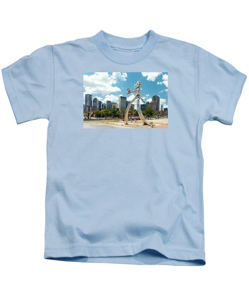 The Traveling Man Dallas 080618 Kids T-Shirt