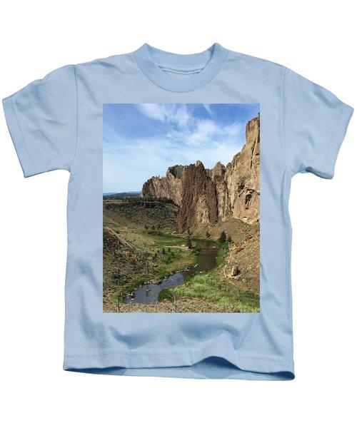Towering Smith Rocks Kids T-Shirt