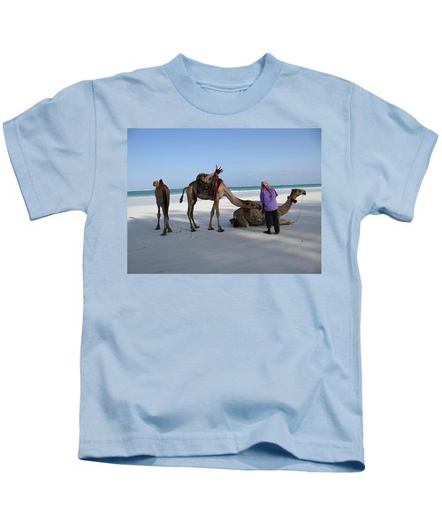 Wedding Camels In The Waiting ... Kids T-Shirt