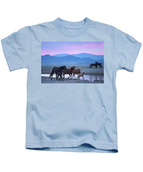 Wild Horse Sunrise Kids T-Shirt