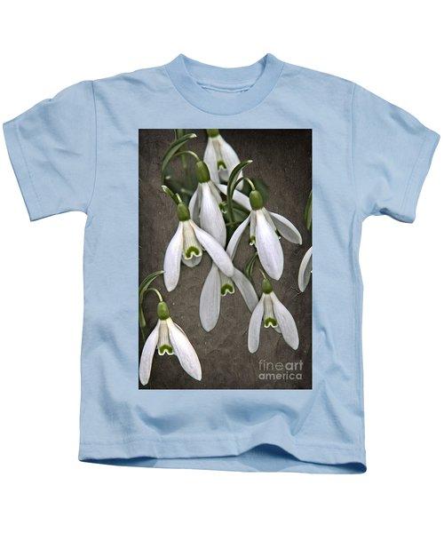 Winter Snowdrop Canvas Kids T-Shirt