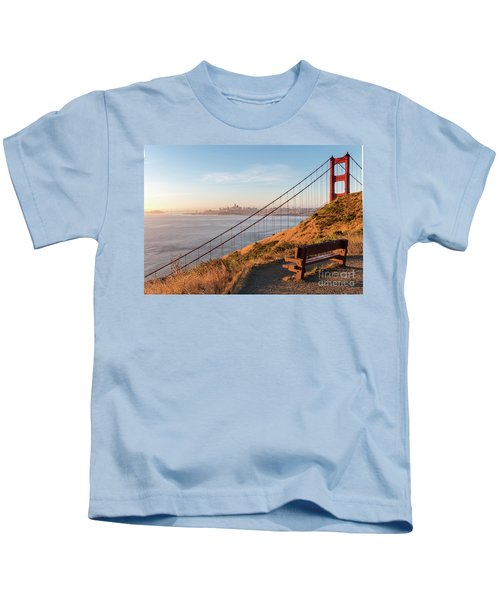 Wooden Bench Overlooking Downtown San Francisco With The Golden  Kids T-Shirt