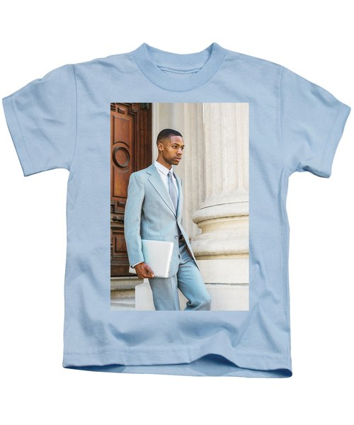 Young African American Businessman Working In New York Kids T-Shirt