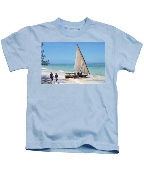 A Dhow In Zanzibar Kids T-Shirt