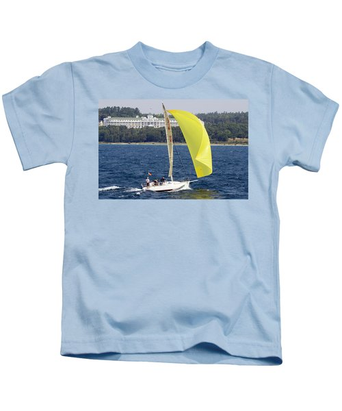 Chicago To Mackinac Yacht Race Sailboat With Grand Hotel Kids T-Shirt