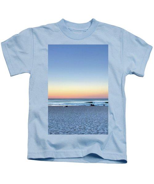 Horizon Over Water Kids T-Shirt