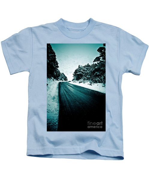 Lonely Road In The Countryside For A Car Trip And Disconnect From Stress Kids T-Shirt