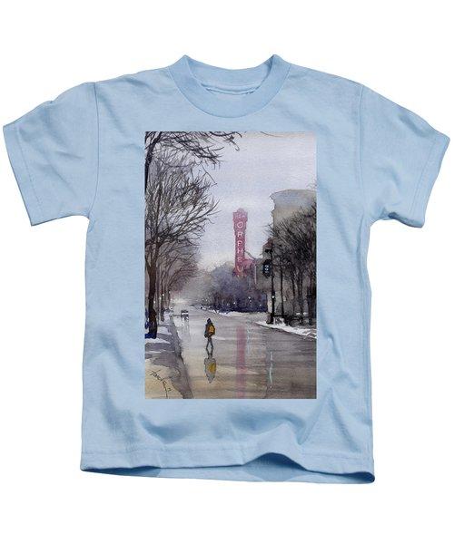 Misty Morning On Stae Street Kids T-Shirt