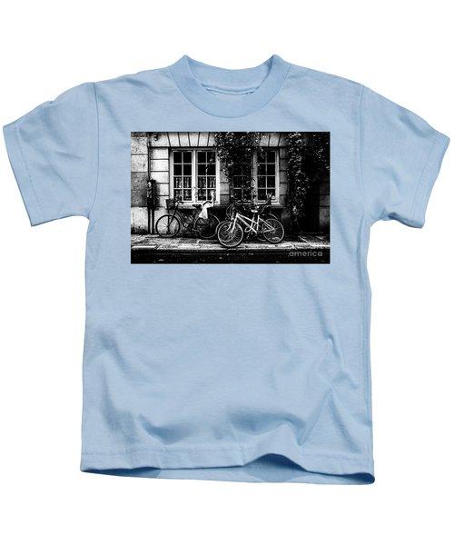 Paris At Night - Rue Poulletier Kids T-Shirt