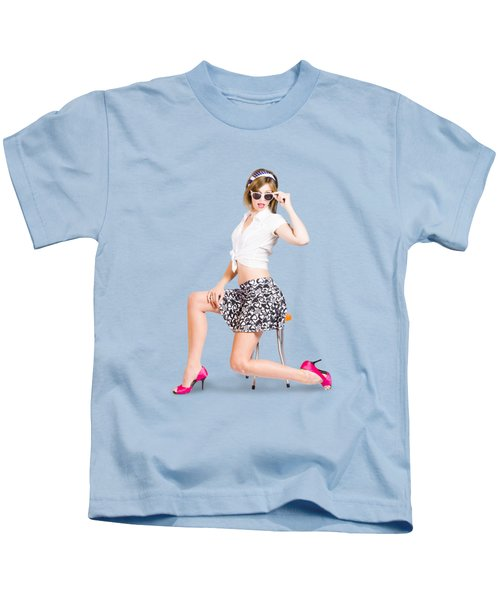 Retro Brunette Pin Up Girl In Sixties Fashion Kids T-Shirt
