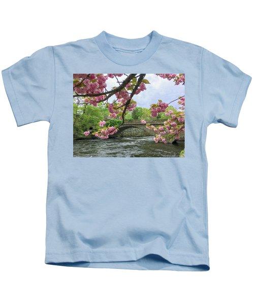 Spring Time In Windham  Kids T-Shirt