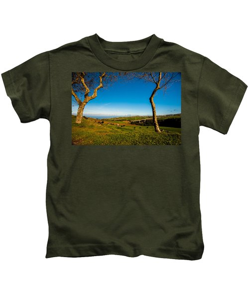 Between Two Trees Kids T-Shirt