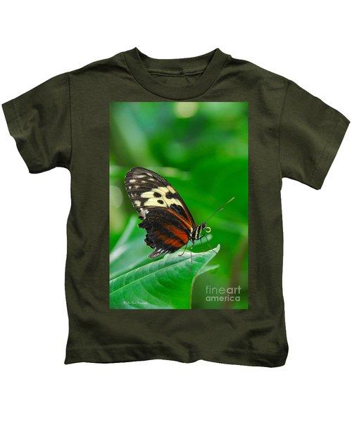 D5l15 Butterfly At Franklin Park Conservatory Kids T-Shirt
