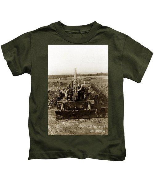 175mm Self Propelled Gun C 10 7-15th Field Artillery Vietnam 1968 Kids T-Shirt