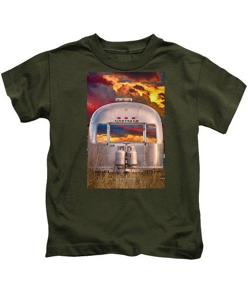 Airstream Travel Trailer Camping Sunset Window View Kids T-Shirt