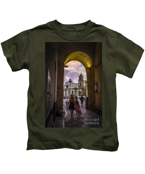 Arc Of The Rose Cadiz Spain Kids T-Shirt