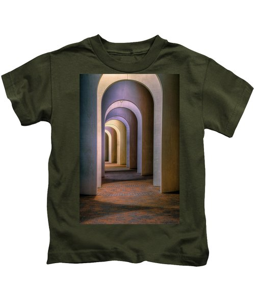 Arches Of The Ferguson Center Kids T-Shirt