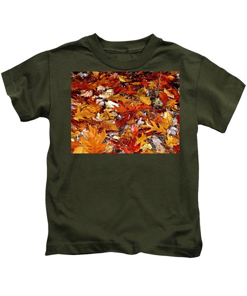 Autumn Leaves On The Ground In New Hampshire - Bright Colors Kids T-Shirt