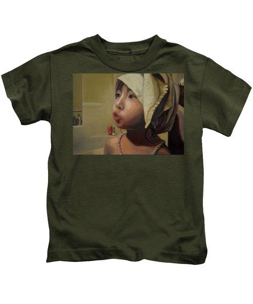 Baby Bath Mama Kids T-Shirt